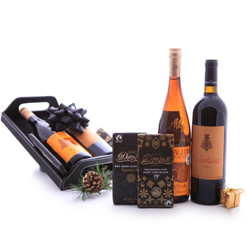 Wines and Darks Gift Basket