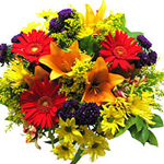 This open bouquet offers something fresh and earnest to all those who look into it.